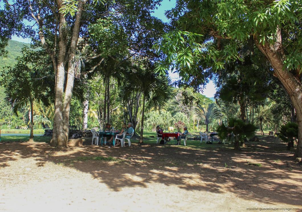 parc-aquacole-ecloserie-restaurant-ombre