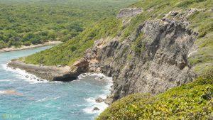 Falaises calcaire Porte d'Enfer Guadeloupe