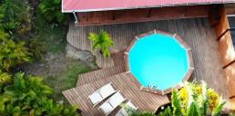 Jardin-des-colibris-hebergement-ecolodge-guadeloupe-insolite-guide-voyage-drone-piscine